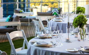 outdoor event table setting